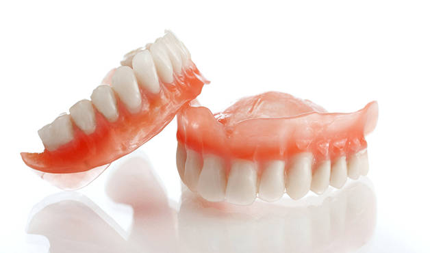 Преимущества и недостатки при традиционных методах протезирования, по сравнению с протезированием на имплантатах.