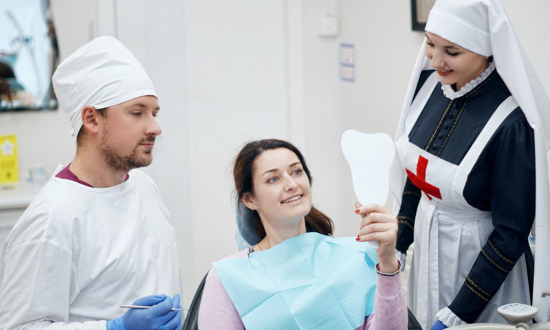 Летнее предложение! Отбеливание зубов системой ZOOM-4 по специальной цене!