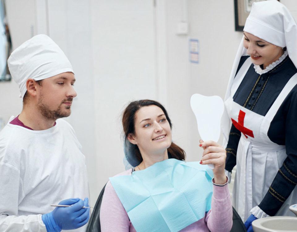 Весеннее предложение! Отбеливание зубов системой ZOOM-4 по специальной цене!