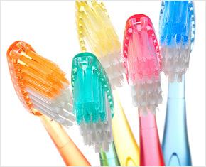 Зубные щетки - история создания и использования зубной щетки